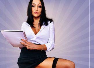 Audrey Bitoni in Sexual Healing 2